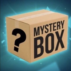 Mystery fashion box! Career wear on trend pieces